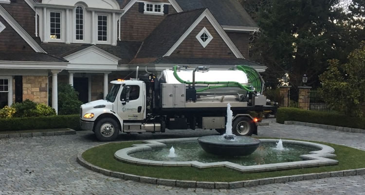 septic-tank-cleaning-nice-home