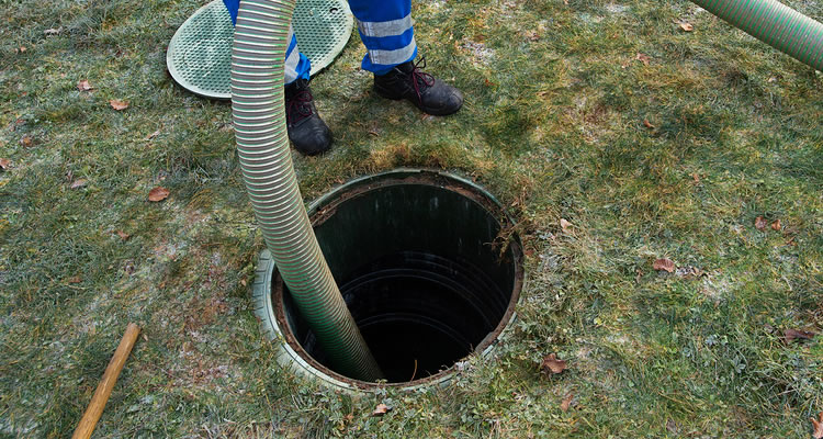 septic-tank-pumping-vacuum-truck-services-victoria-saanich-sidney